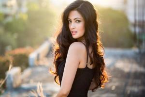 'সহ-অভিনেতাকে চুমু খেলে বর আমাকে কিছুই বলবে না !': রিয়া সেন