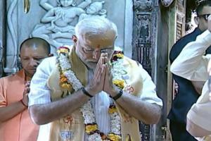 বারাণসীতে নরেন্দ্র মোদি, কাশী বিশ্বনাথ মন্দিরে পুজো দিলেন ভাবী প্রধানমন্ত্রী