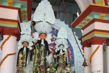 সিরিয়ালের মেকি দুর্গাপুজো নয়, দেখে নিন রাণী রাসমণির বাড়ির দুর্গাপুজোর আসল ছবি