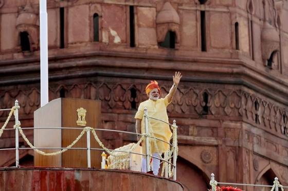 যে সমস্ত মহিলারা তিন তালাকের শিকার হয়েছেন তাঁদের লড়াইয়ের সঙ্গে আমরা রয়েছি বলেও মন্তব্য করেন প্রধানমন্ত্রী। Photo: PTI