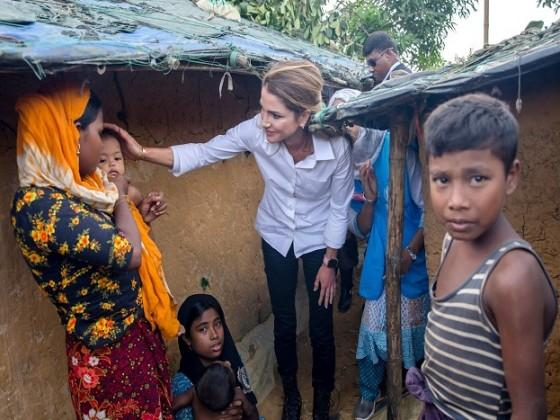 Queen of Jordan Rania Al Abdullah has said her country will stand beside Bangladesh in fighting Rohingya crisis. Photo: AP